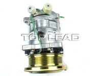 SINOTRUK HOWO   Air-conditioning compressor WG1500139006
